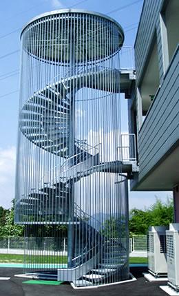 避難用すべり台 スカイタワー